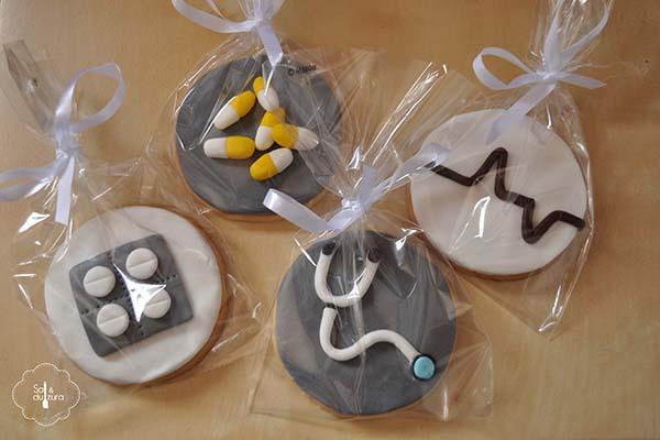 Galletas decoradas con motivos de medicina